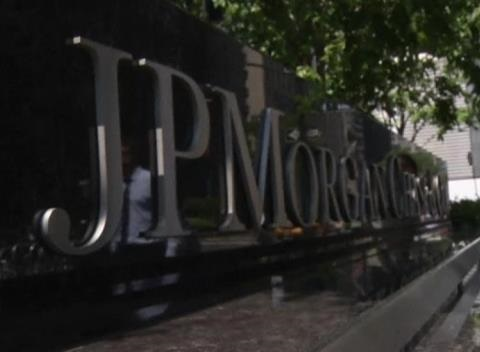 News video: Weak Trading Hits JPMorgan, Goldman Profits